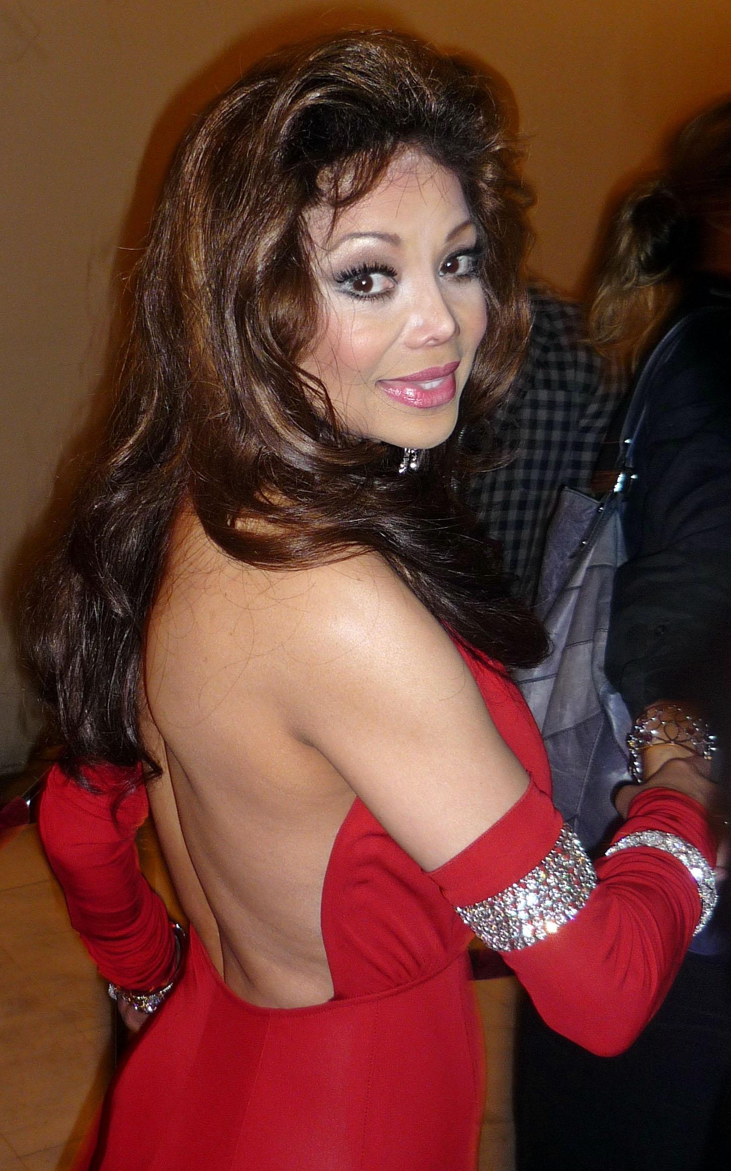 Latoya Jackson nose job plastic surgery before and after photos,