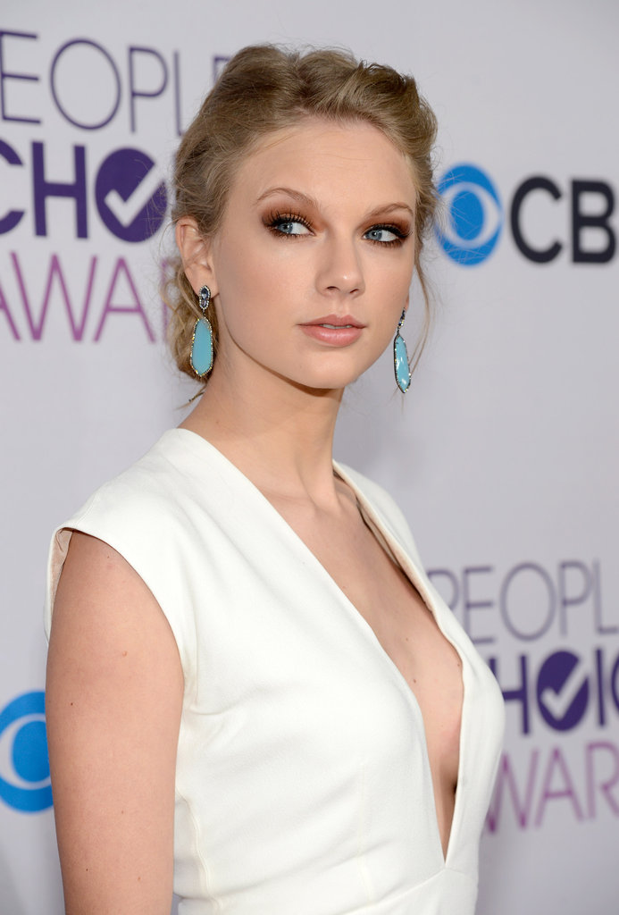 Taylor Swift Breast Implants Surgery Before And After Boob Job Photos