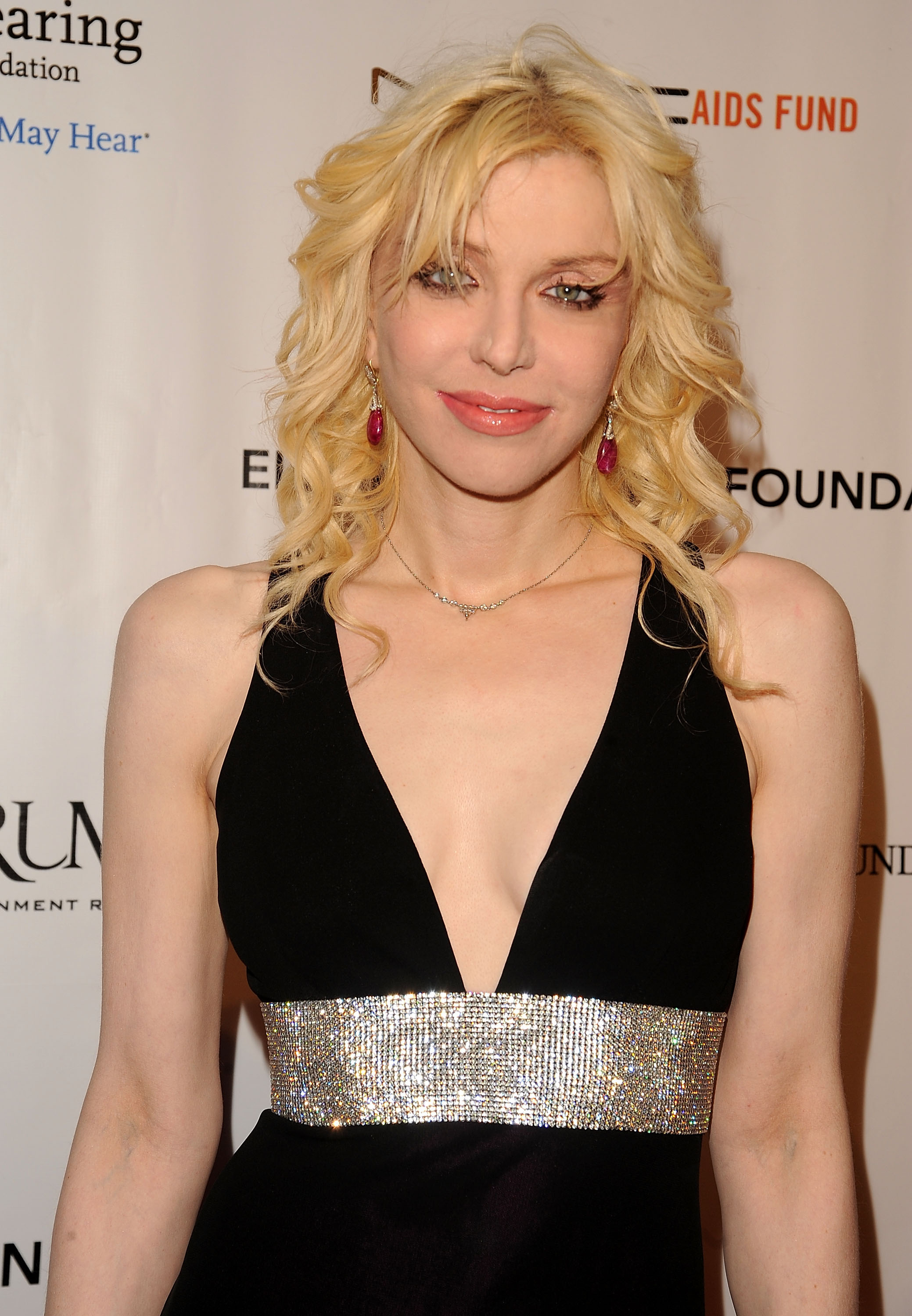 Courtney Love Plastic Surgery Before And After Face Photos 1