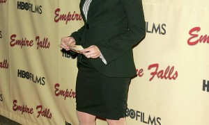 Why Kate Burton is not afraid of aging and say no to plastic surgery 1
