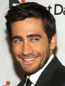 Jake Gyllenhaal nose job plastic surgery before and after pictures 1