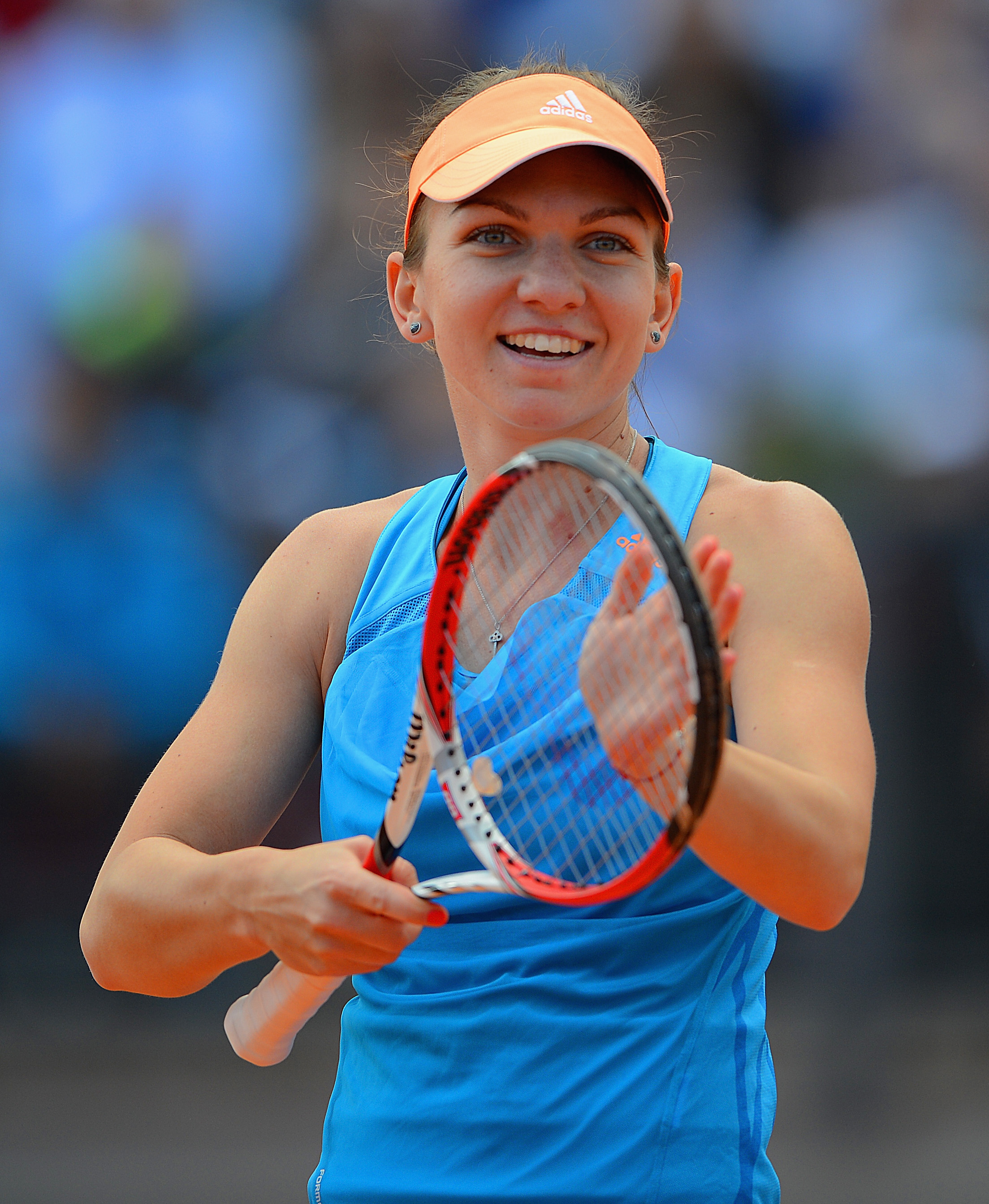 Simona Halep Plastic Surgery Before And After Breast Reduction Photos