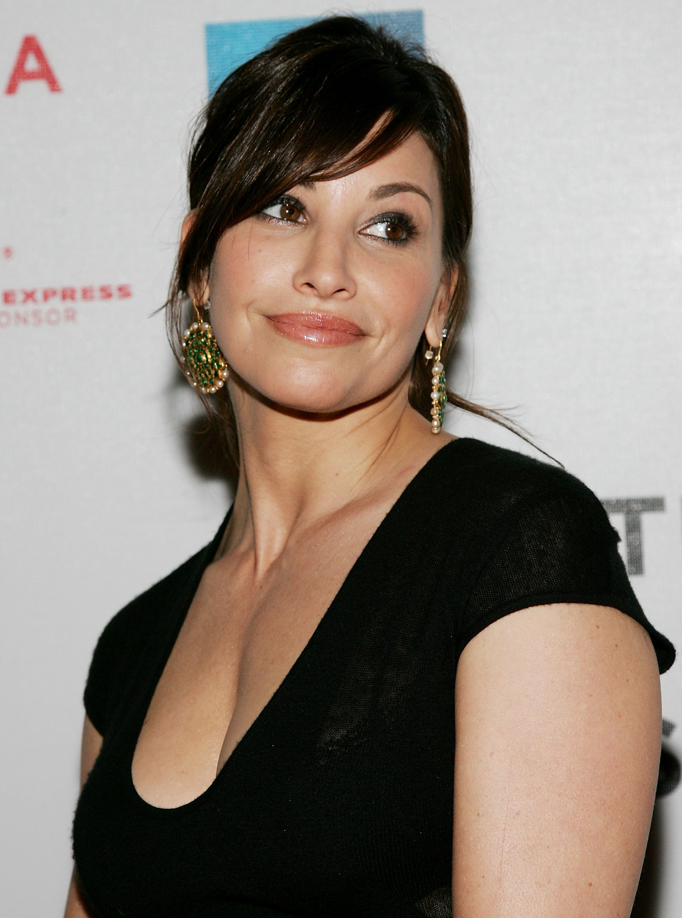 Gina Gershon Plastic Surgery Before And After Photos