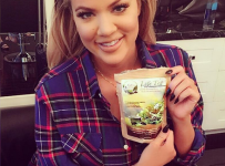 Khloe Kardashian new Plastic Surgery Rumors With instagram Pic 2