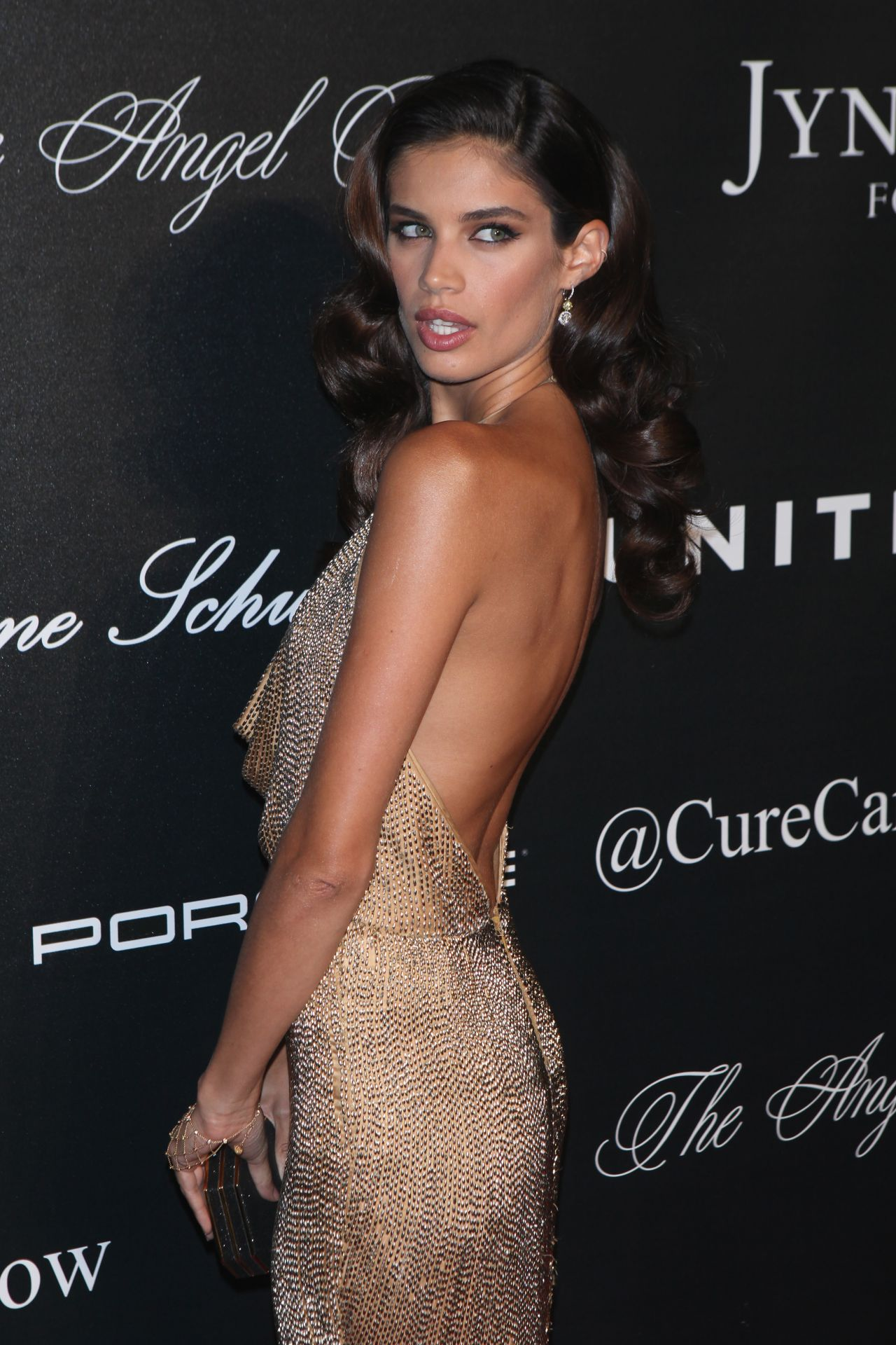 Sara Sampaio Plastic Surgery Before And After Photos