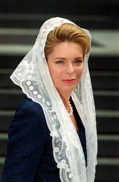 Queen Noor Plastic Surgery Rumors Before And After Photos