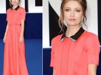 Emily Browning Breasts Implants Plastic Surgery Before And After Photos